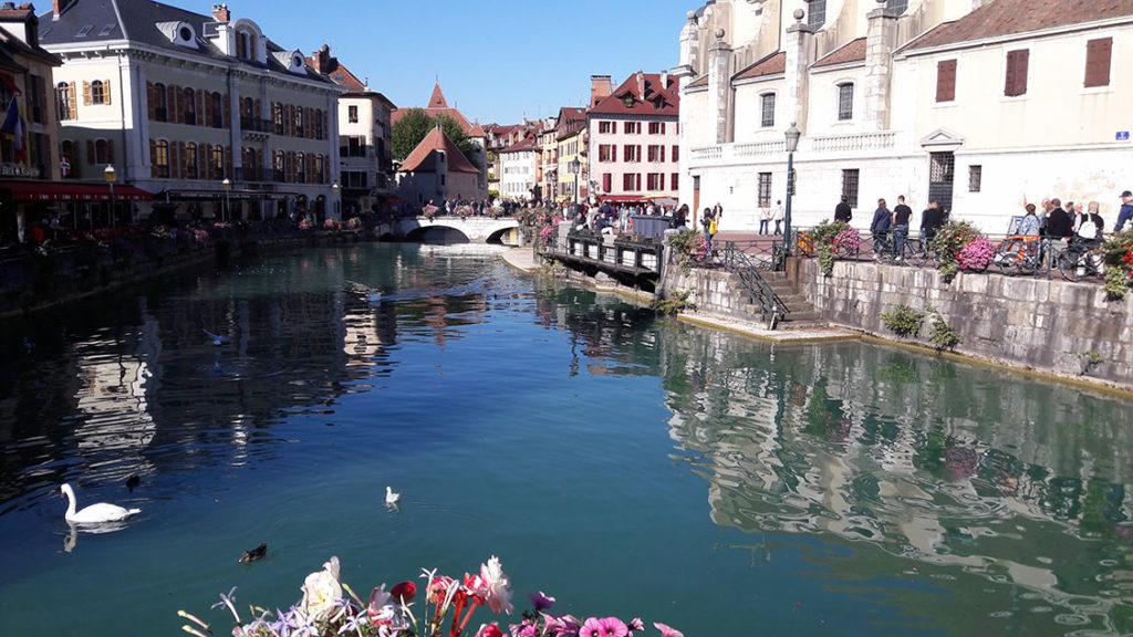 Cidade de Annecy na França